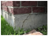 Foundation cracks in Dallas, Fort Worth, TX can cause settling.