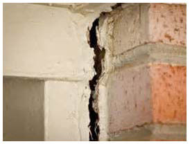Signs of pier and beam foundation issues in Dallas, Fort Worth.