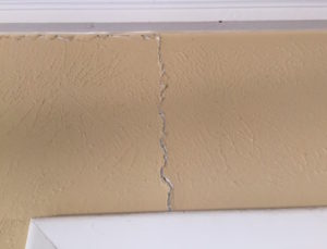Sheetrock cracks in your walls can be signs of foundation problems for homes in Dallas area.